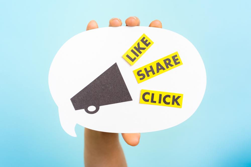 engage fans using social media