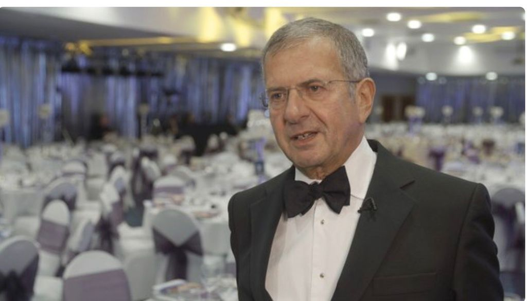 Gerald Ratner, who destroyed his company in 10 seconds